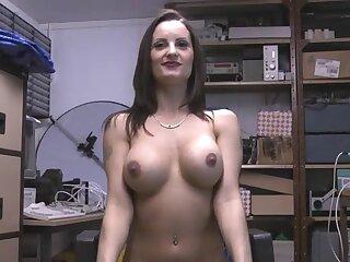 Perfect boobs mature Valentina Cruz spreads her legs to masturbate