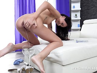 Amazing hottie Mistica feels great about teasing herself for high point