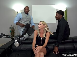 Arch life-span this fine ass blonde tries a double dose be useful to BBC in such bitter manners