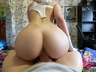 Steamy blondie is deep-throating penis like a real professional and opening up up to succeed in screwed rigid