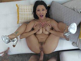 Asian girl's anal creampie