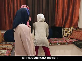 BFFS - Shy Inexperienced Poonjab Girls Fuck In Their Hijabs
