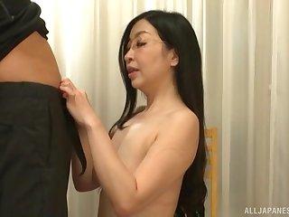 Long haired Japanese MILF Akiyama Miho gets cum after a blowjob