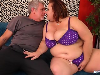 Busty Mature Plumper Lady Lynn Is Worshiped added to Pummeled Wide of a Grandpa