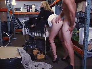 Sexy blonde MILF gets fucked by pawn preserver for money