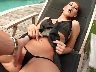Susanna White enjoys outdoor sex with a stranger during her follow up on