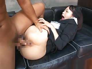 Tsumugi Serizawa amazing Asian milf gets hot pussy licked