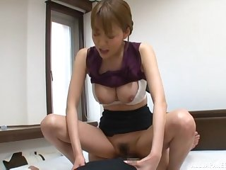 Hot Japanese secretary pleases her boss with a acquiescent shag