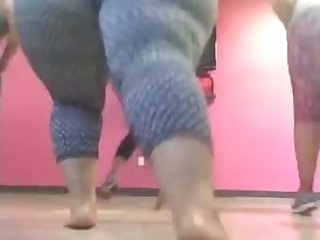 Pinky Workout! BBW hot mommy blear
