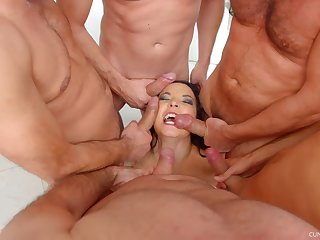 MILF Handsomeness Francys on her knees getting frowardness fucked unconnected with a couple of men